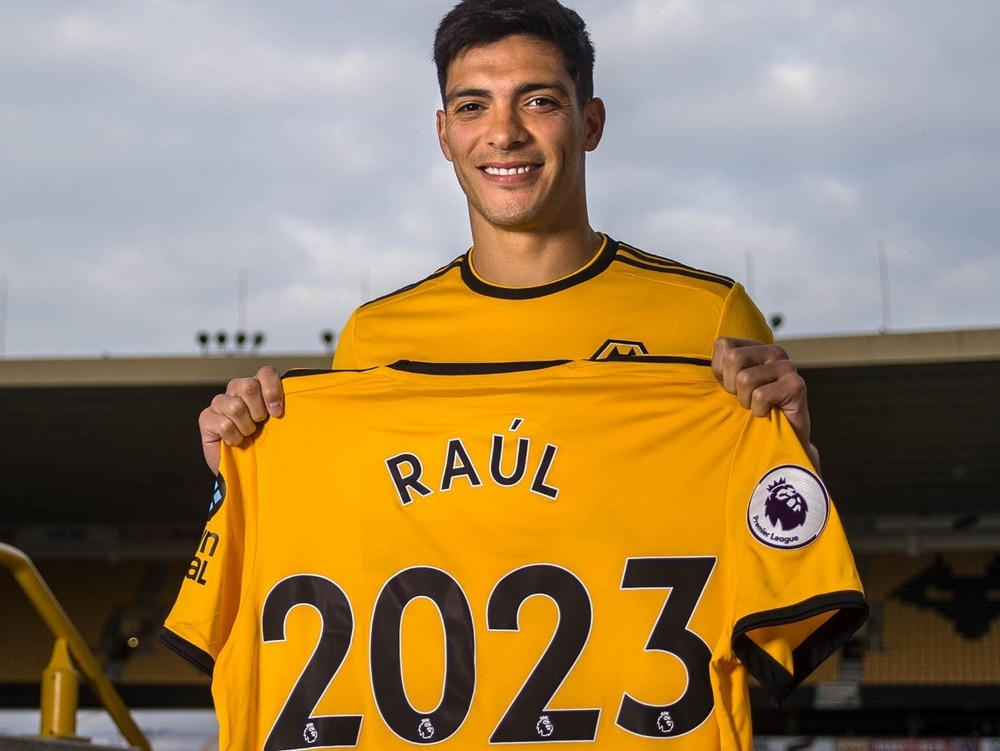 Wolves set to confirm permanent signing of Jimenez
