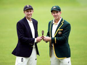 England captain Joe Root (left) and Australia captain Tim Paine