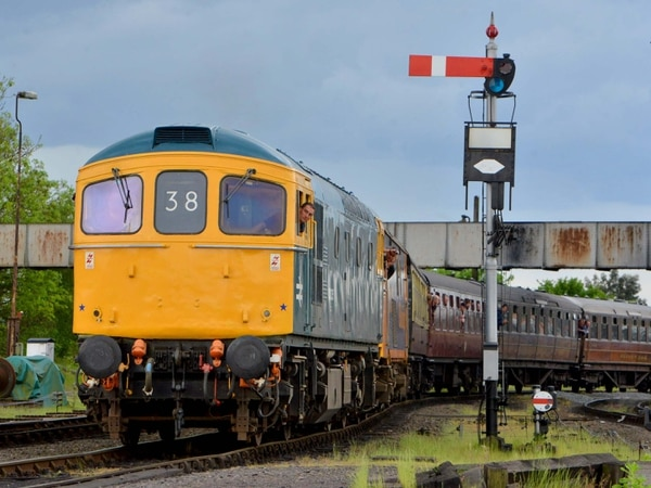 Diesel-only at Severn Valley Railway over fire risk in hot weather