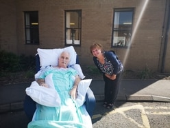 Shifnal coronavirus survivor comes home after 102 days in hospital