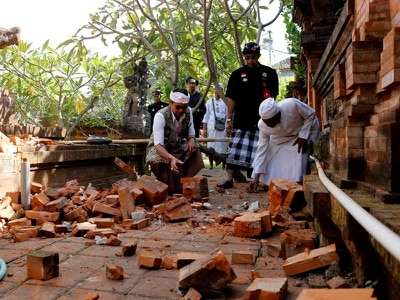 Buildings damaged as earthquake shakes Bali in Indonesia